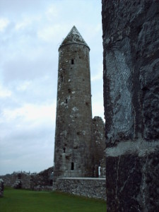 Round tower at Clonmacnoise